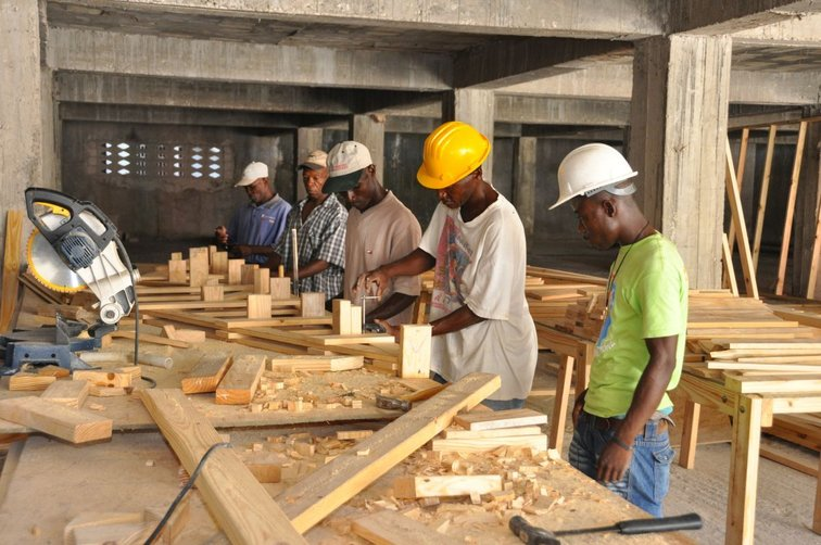 Support the reconstruction of Haiti trough trainings