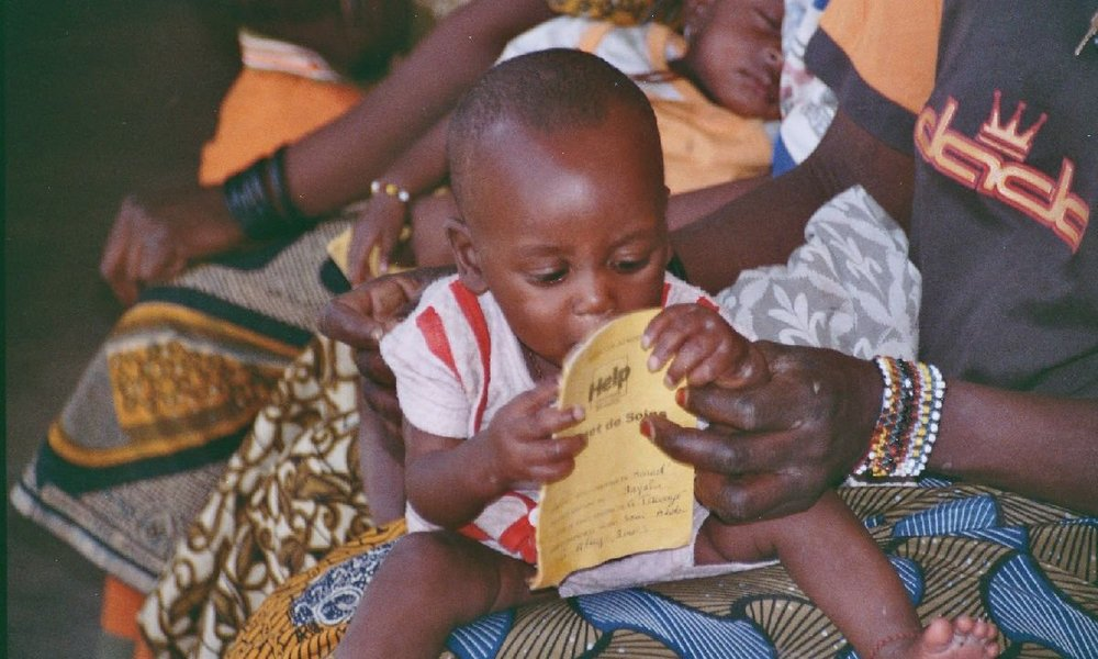 Medical treatment of children in Niger